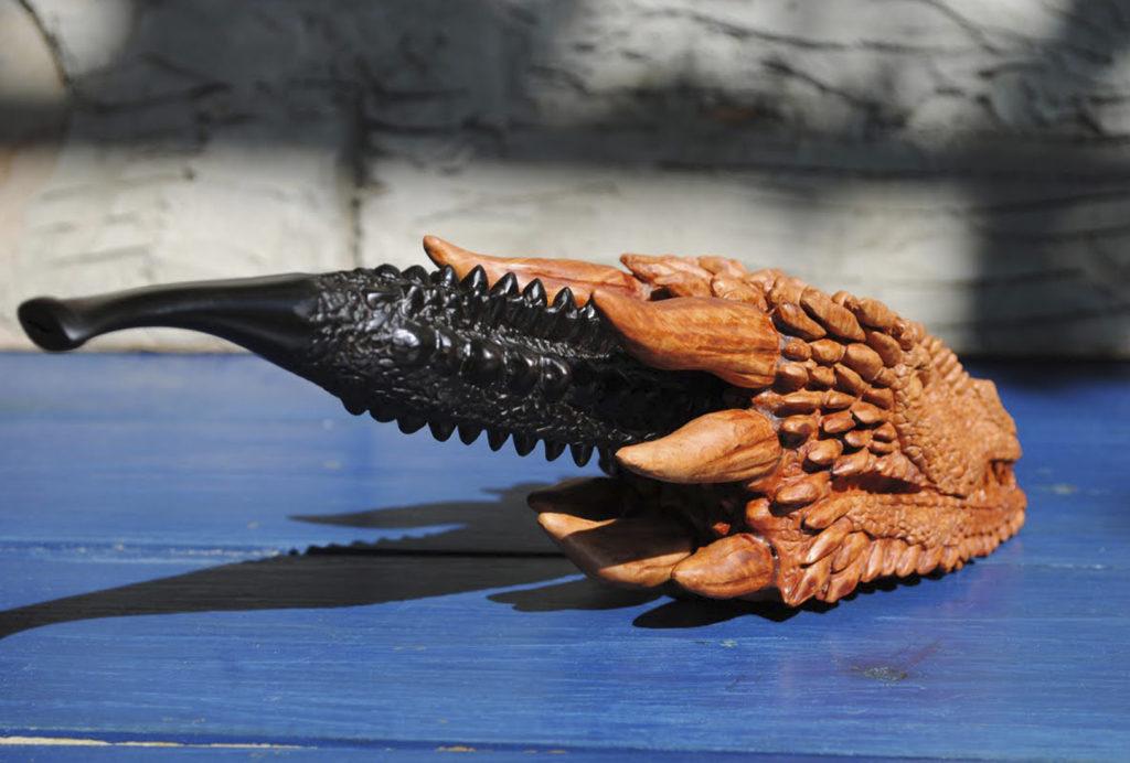 Drogan pipe - carved from briar wood
