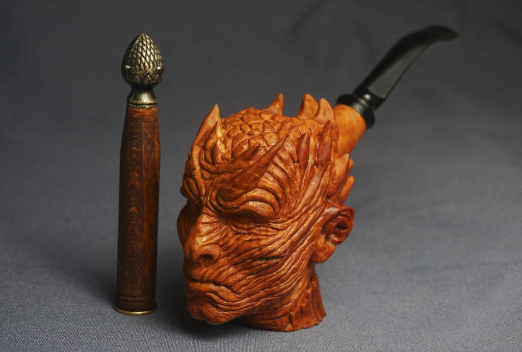 Night King - carved briar pipe