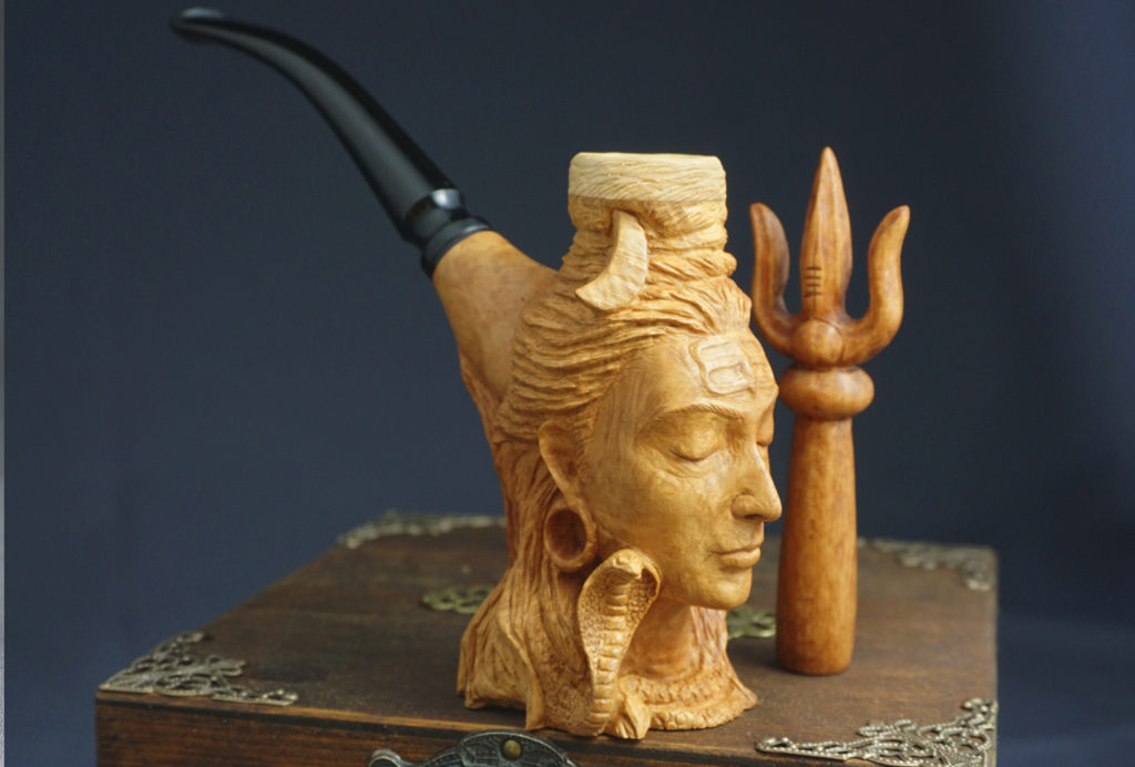 Shiva — Smoking Pipe Carved from Briar Wood