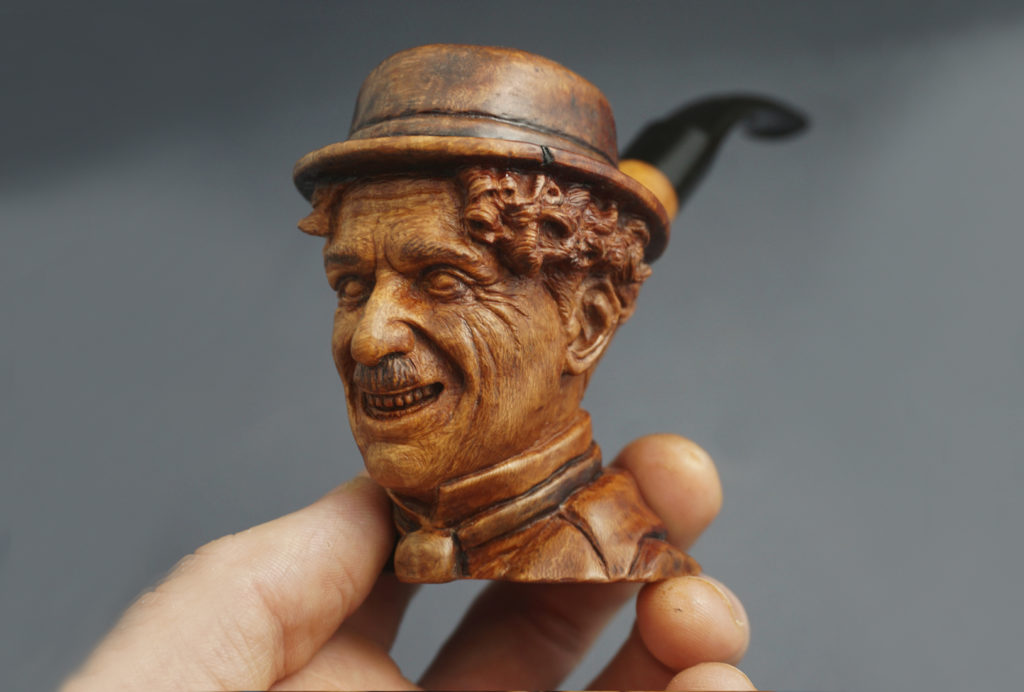 Charlie Chaplin - carved briar pipe