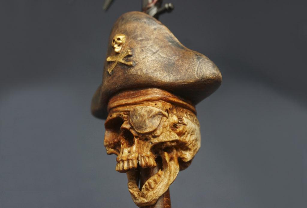 Pirate skull. Pipe tamper