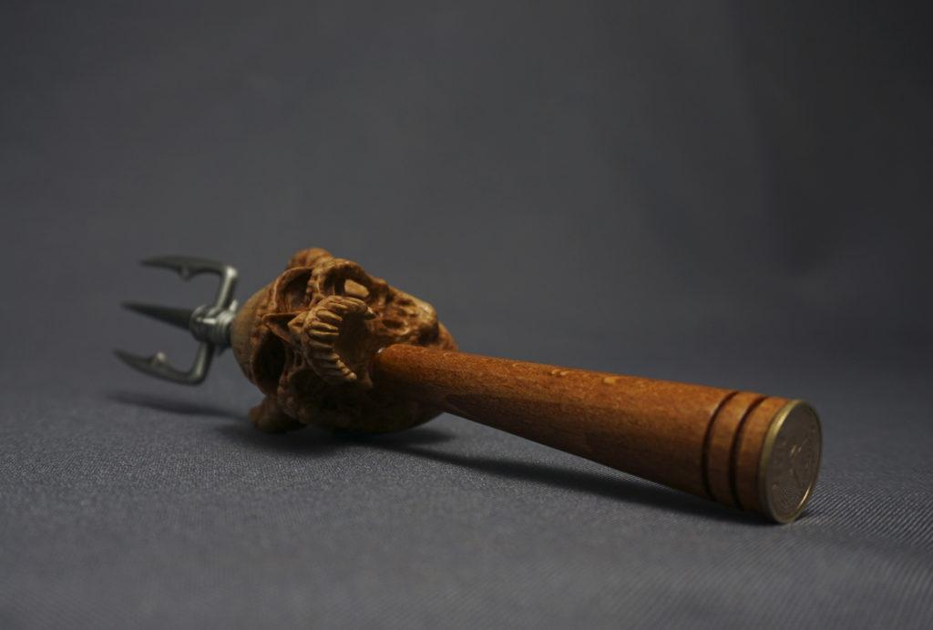 Demon skull - pipe tamper