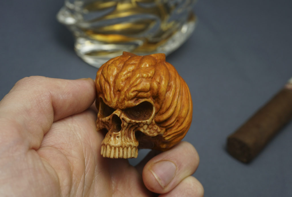 Pumpkin skull cigar holder